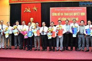 Trao các quyết định về công tác cán bộ tại 7 tỉnh thành