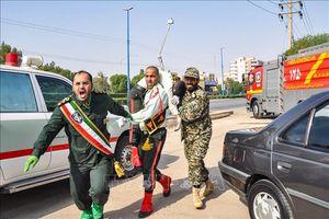 Số người chết trong vụ tấn công lễ diễu binh tại Iran vẫn tăng chóng mặt