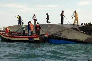 Tổng thống Tanzania ra lệnh bắt giữ đội quản lý làm lật phà