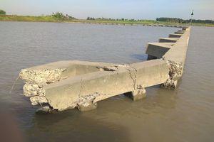 Báo động tình trạng mất ATGT đường thủy trên sông Kinh Thầy