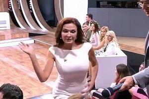 Diễn viên tát khán giả trên truyền hình vì bị công kích sinh con mắc bệnh Down