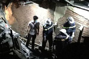 Hai thi thể ở khu nhà trọ bị cháy tại Đê La Thành nghi là vợ chồng đi chăm con