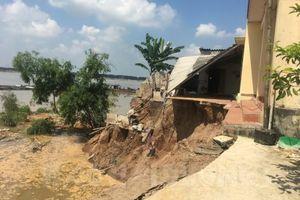 Hải Dương: Sông Kinh Thầy sạt lở nghiêm trọng