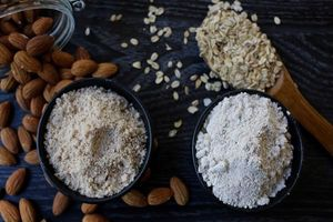 Biết được những tác dụng tuyệt vời này của bột hạnh nhân, dù đắt đến mấy bạn cũng sẽ mua về dùng dần