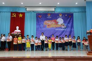 Tiền Giang: Tặng quà trung thu cho 1.700 trẻ em có hoàn cảnh khó khăn