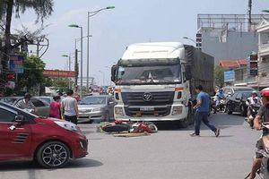 Hải Phòng: Va chạm với xe tải, nữ sinh trường Cao đẳng Y tử vong tại chỗ