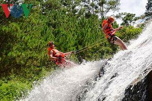 Du lịch mạo hiểm ở thác Datanla - Đà Lạt, một du khách nước ngoài tử vong