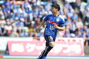 8 cầu thủ Việt Nam từng xuất ngoại thi đấu