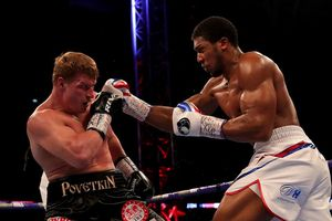 Anthony Joshua đánh bại Povetkin