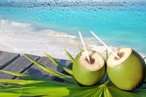 Bà bầu dùng nước dừa cần lưu ý gì?
