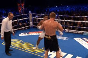 Hạ knock-out Povetkin, Anthony Joshua bảo vệ thành công ba đai vô địch