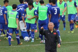 HLV Park Hang-seo trở lại Việt Nam để chuẩn bị 'săn vàng' AFF Cup 2018