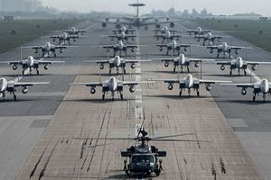 Những điểm yếu trong bức tranh ảm đạm của không quân Mỹ