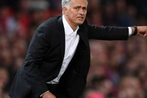 HLV Mourinho phát biểu sốc khi M.U bị Wolves cầm hòa