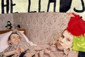 Bí mật cặp song sinh bị bắt cóc để thực hiện thí nghiệm tàn độc