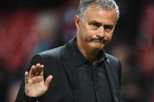 HLV Mourinho hé lộ lý do không thể trị nổi cầu thủ M.U