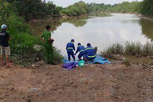 Thi thể nam thanh niên tử vong trôi trên sông Rạch Chiếc