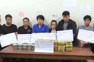 Triệt phá đường dây ma túy xuyên quốc gia, thu giữ 20 bánh heroin và 15kg ma túy đá