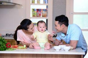 Nhật ký cho con ăn dặm siêu đáng yêu của một ông bố Việt