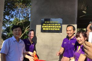 Trao quà gần 1,5 tỉ đồng cho trẻ em tỉnh Yên Bái
