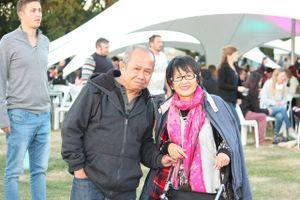 Gặp gỡ cặp vợ chồng Việt 'đông con cháu' nhất ở Christchurch - New Zealand