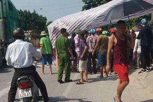Kinh hoàng ô tô đâm vào nhóm phụ nữ gánh hàng trên đường, 2 người tử vong tại chỗ