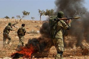 Syria: Phiến quân do Thổ Nhĩ Kỳ hậu thuẫn từ chối đầu hàng, nộp vũ khí ở Idlib