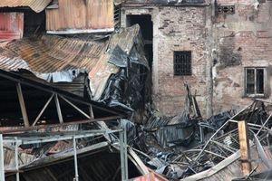 Vụ cháy ở Đê La Thành: Người nghèo không có nhiều lựa chọn