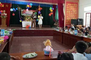 Trung thu cho thiếu nhi tại biên giới Việt - Lào