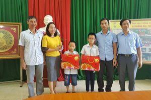 TP Thanh Hóa trao học bổng, tặng quà Tết Trung thu cho các em học sinh có hoàn cảnh khó khăn