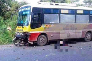 Xe máy đấu đầu ô tô buýt, nam thanh niên chết thảm