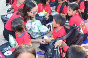 Tết Trung thu ấm áp đến với trẻ em có hoàn cảnh khó khăn vùng sâu, vùng xa