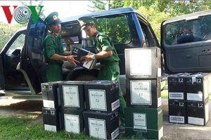 Phát hiện vụ vận chuyển rượu lậu số lượng lớn qua cửa khẩu Lao Bảo