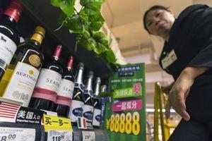 Sóng gió thương mại leo thang: Trung Quốc phản ứng bằng Sách Trắng