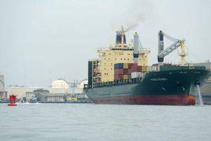 Cướp biển bắt cóc một tàu thương mại của Thụy Sĩ