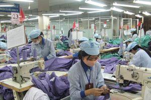 Tăng trách nhiệm với đồng lương công nhân