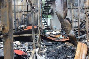 Chăm sóc đặc biệt bé sơ sinh của 2 vợ chồng tử vong trong đám cháy gần BV Nhi TƯ