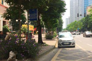 Hà Nội: Cần xử lý nghiêm việc dừng đỗ xe lấn chiếm nhà chờ xe buýt