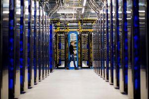 Microsoft 'dồn sức' phát triển dịch vụ đám mây