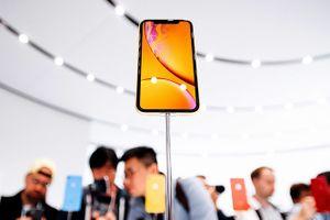 Sau 3 ngày mở bán, iPhone Xs/Xs Max xuống giá hơn 4 triệu đồng