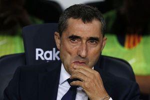 Barcelona bị cầm hòa, HLV Valverde nổi điên với trọng tài