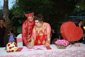 Câu chuyện hôn nhân hạnh phúc của cặp vợ béo, chồng gầy khiến dân mạng ngưỡng mộ