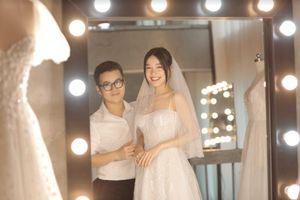 Hé lộ loạt ảnh Nhã Phương đi thử váy cưới
