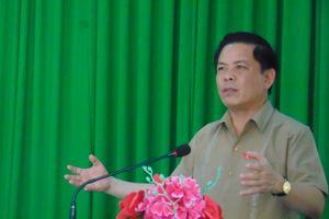 Bộ trưởng Nguyễn Văn Thể mong cử tri thẳng thắn phát biểu ý kiến