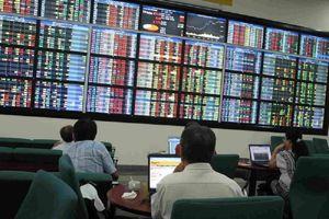 'Loạn' tình trạng thao túng giá cổ phiếu