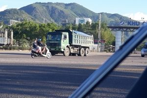 'Tập đoàn xe có ngọn' Đinh Phát ngang nhiên tung hoành ở Bình Định