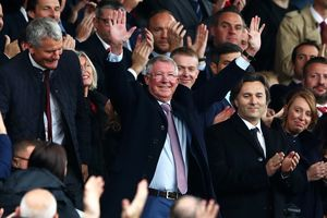 Khoảnh khắc đẹp vòng 6 Premier League: Sir Alex trở lại Old Trafford