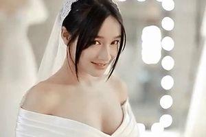 Chuyện showbiz: Nhã Phương đẹp ngọt ngào với đầm cô dâu trước đám cưới