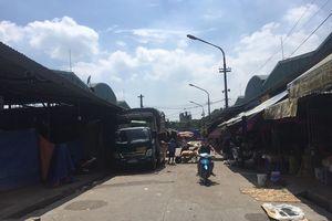 Luật ngầm ở chợ Long Biên và cuộc gặp gỡ chóng vánh với ông trùm Hưng 'kính'