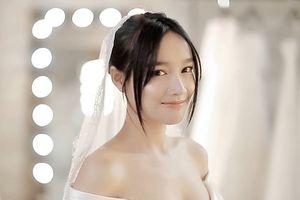 Nhã Phương e ấp đi thử váy cưới trước ngày trọng đại